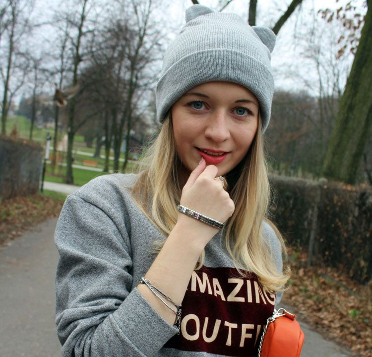 Zwei Outfits mit dem Composable Armband