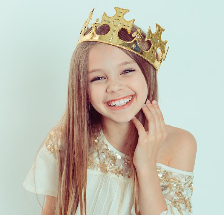 Boucles d'oreilles pour petite fille : les plus beaux modèles à offrir