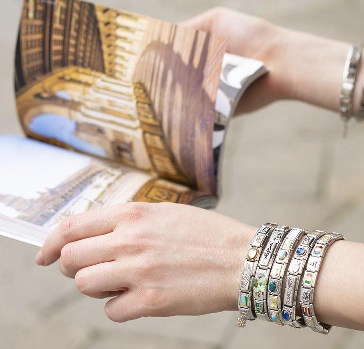 Un bracelet qui parle de votre été : soleil, plage et aucun souci !