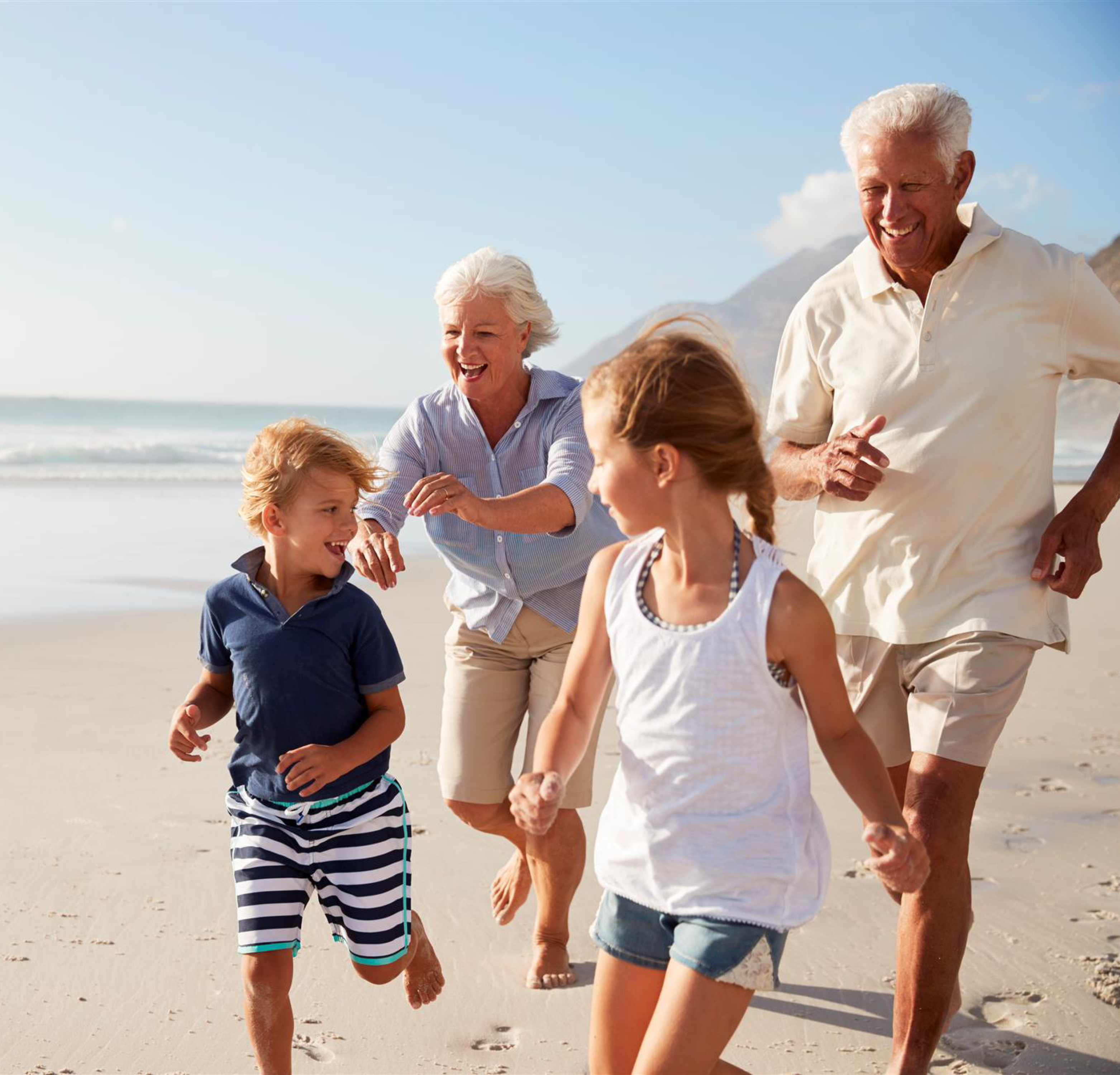 """Grandparents Day: how to say """"I love you"""" with an original gift"""