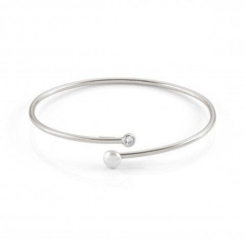 Bella_Moonlight_Rigid_Open_Bracelet_Bella_bracelet_in_sterling_silver_and_Pearl