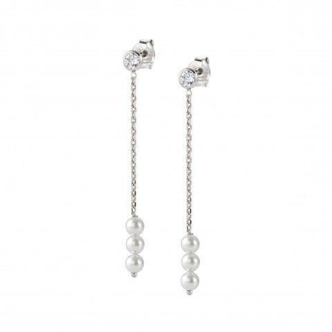 Long_Bella_Moonlight_Earrings_Earrings_in_sterling_silver_with_Swarovski_Pearls