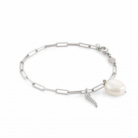 White_Dream_bracelet_with_Lucky_Horn_Bracelet_in_silver_with_pearl