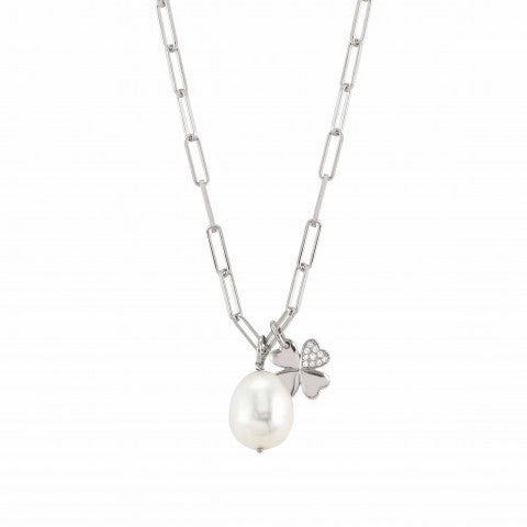 White_Dream_necklace_with_Four-Leaf_Clover_Necklace_in_sterling_silver_with_pearl