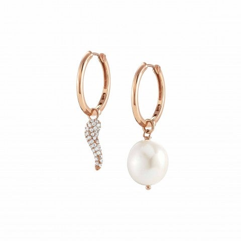 White_Dream_Earrings_with_Lucky_Horn_Silver_earrings_with_pearl