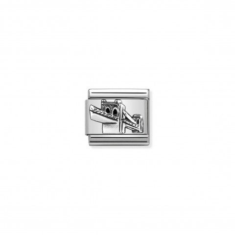 Composable_Classic_Link_Skyline_Brooklyn_silver_Link_in_stainless_steel_with_USA_symbol_in_sterling_silver