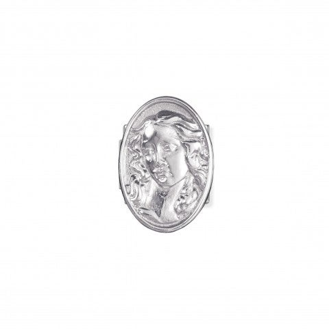Composable_Classic_Royal_Shield_with_Venus_Link_Link_in_sterling_silver_from_the_Royal_Collection