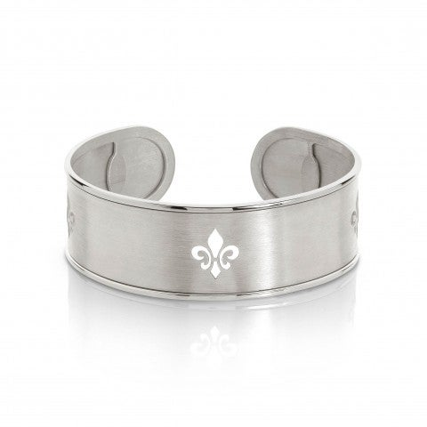 Bangle_with_Engraved_Lily_Lily_engraved_bangle_with_adjustable_length